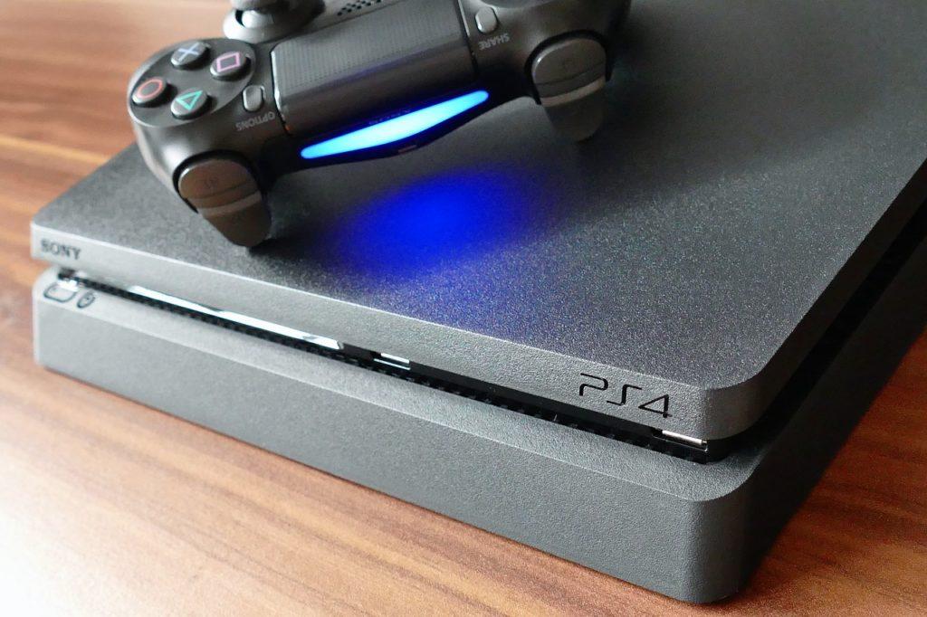 Co wybrać do gier konsolę czy PC?