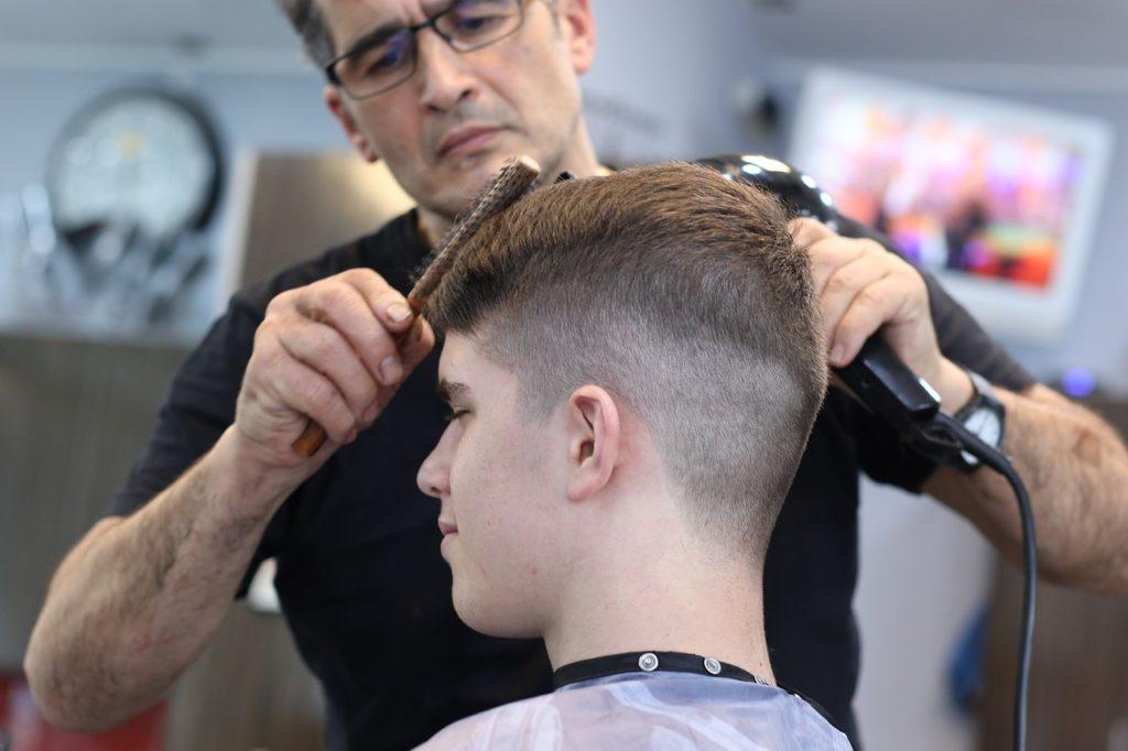 Profesjonalny salon fryzjerski gwarantuje zadowolenie z usług