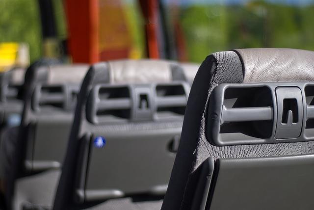 Wynajmij komfortowy pojazd z kierowcą