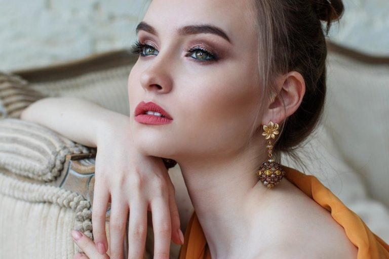 Zatrudnij profesjonalnego wizażystę do wykonania makijażu na ślub