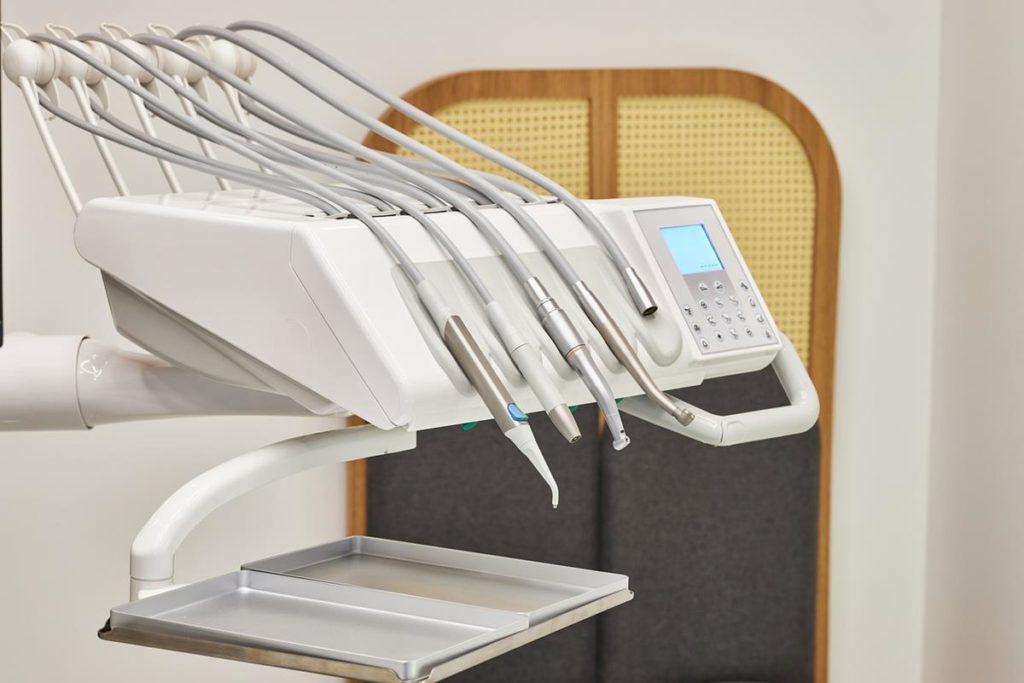 Stomatologia estetyczna zapewnia korzyści dla zdrowia jamy ustnej